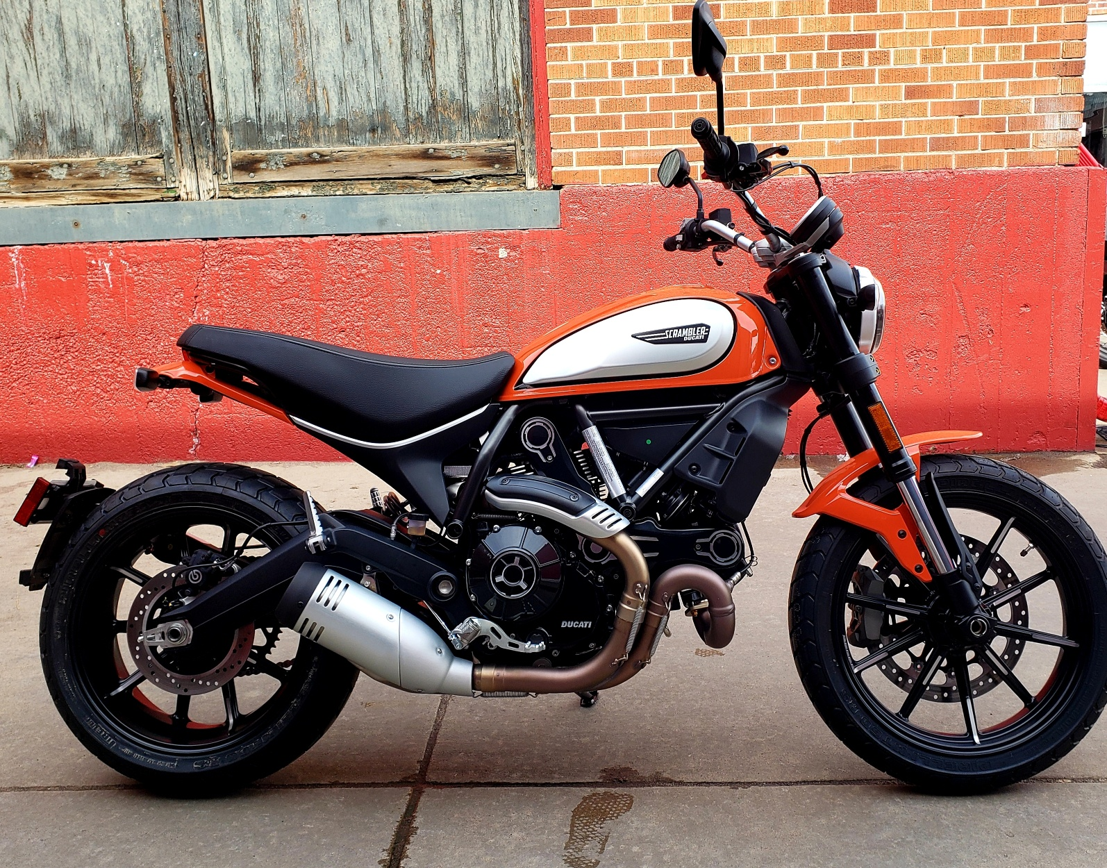 New 2019 DUCATI SCRAMBLER ICON 800