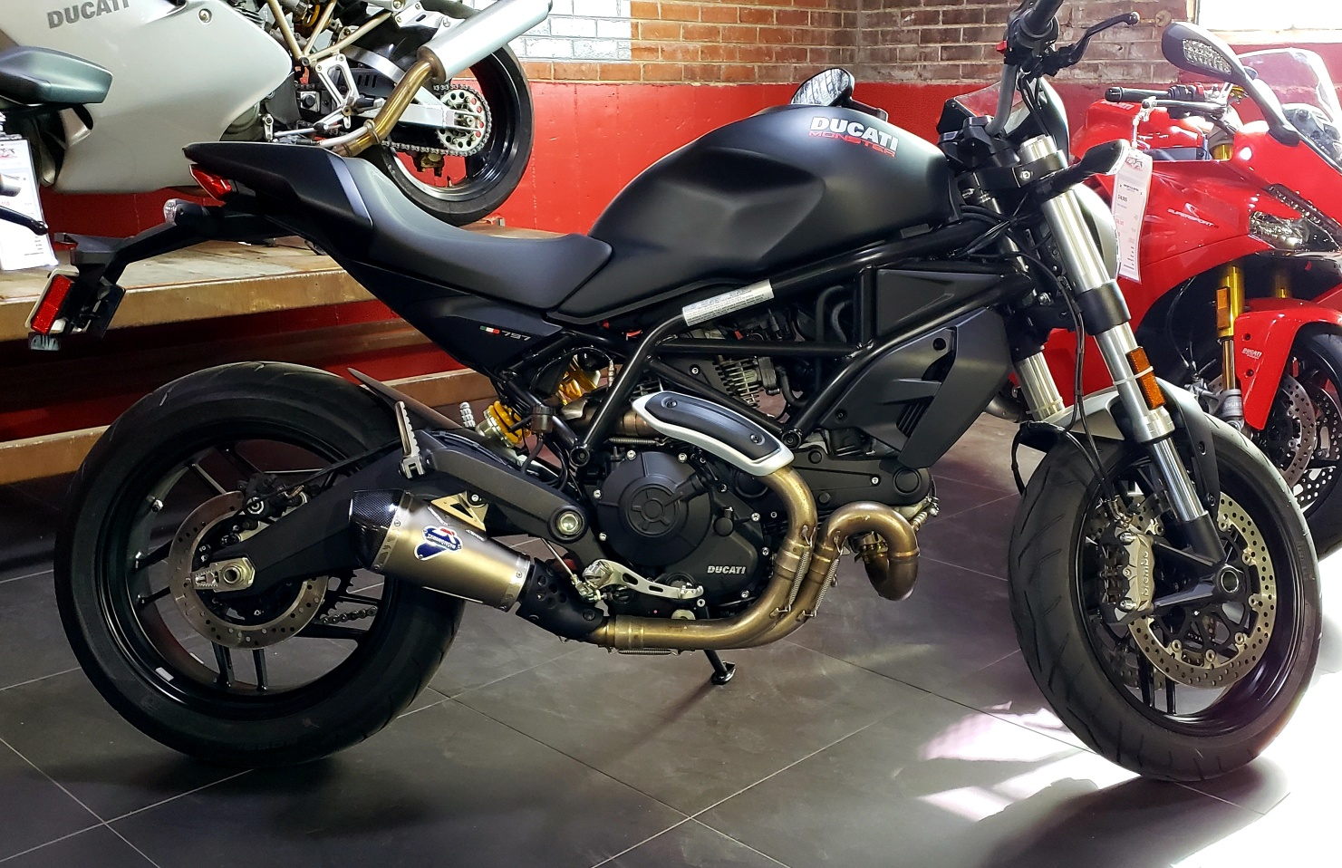 New 2018 DUCATI MONSTER 797 PLUS RED