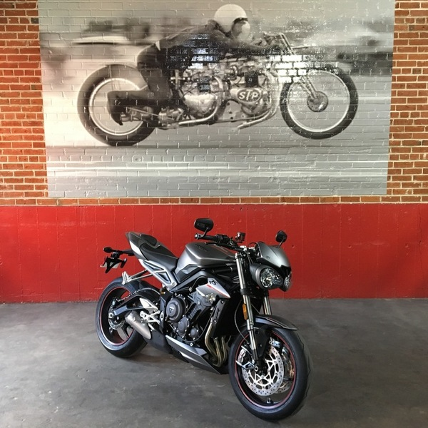 New 2018 TRIUMPH STREET TRIPLE RS