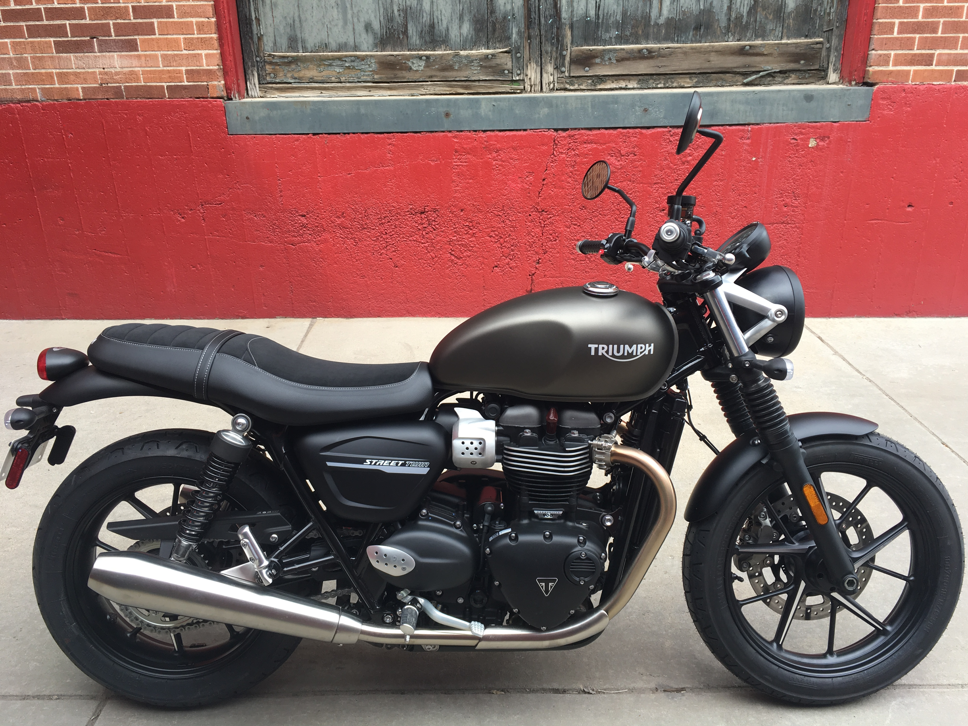 New 2019 TRIUMPH STREET TWIN