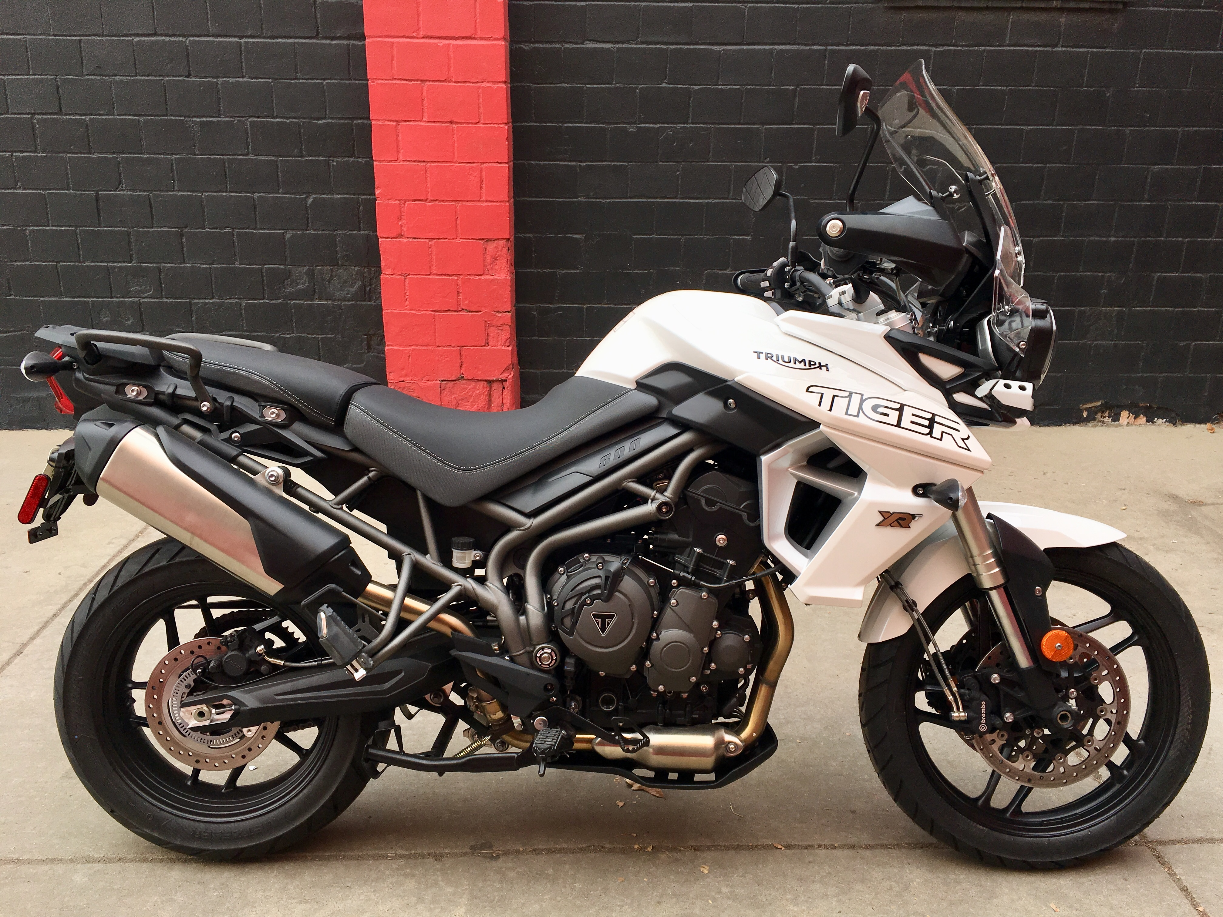 New 2019 TRIUMPH TIGER 800 XRT Demo
