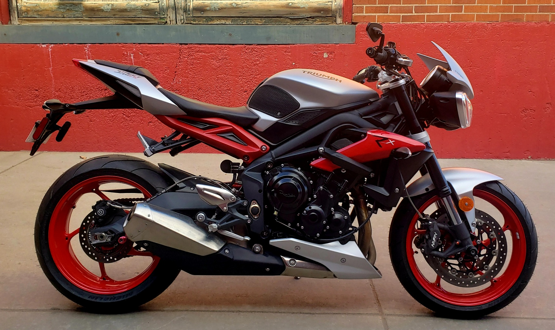 Pre-Owned 2015 TRIUMPH STREET TRIPLE RX