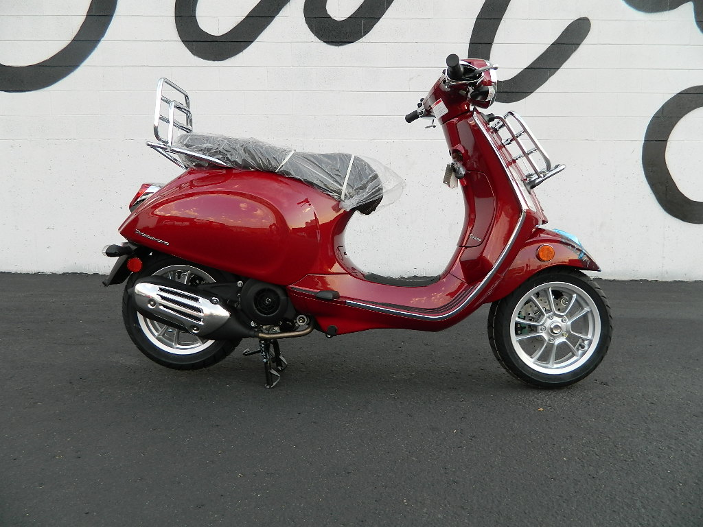 New 2019 VESPA PRIMAVERA 150 TOURING