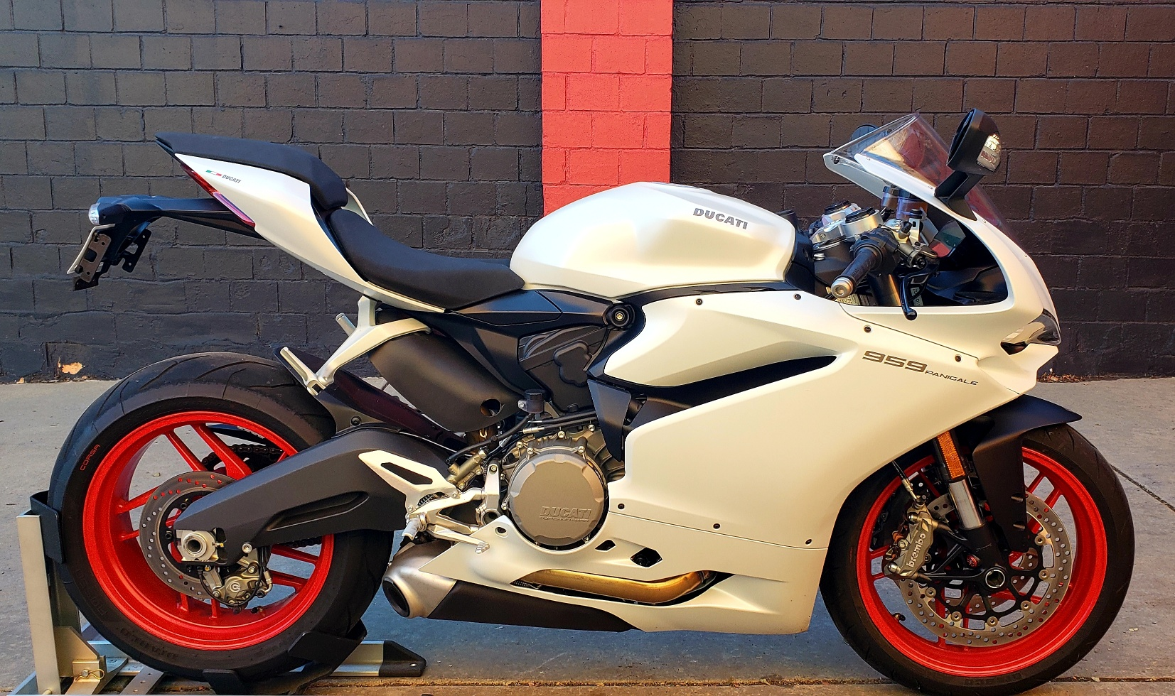 New 2019 DUCATI PANIGALE 959 WHITE