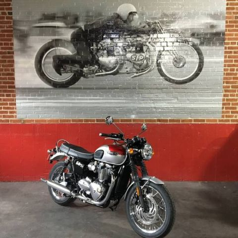 New 2018 TRIUMPH BONNEVILLE T120