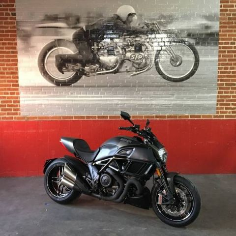New 2018 DUCATI DIAVEL CARBON